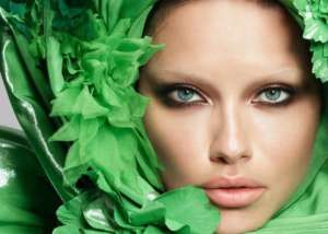 Adriana Lima Loses Her Eyebrows For Vogue Japan And Is Unrecognizable — A Look At Models And Their Eyebrows