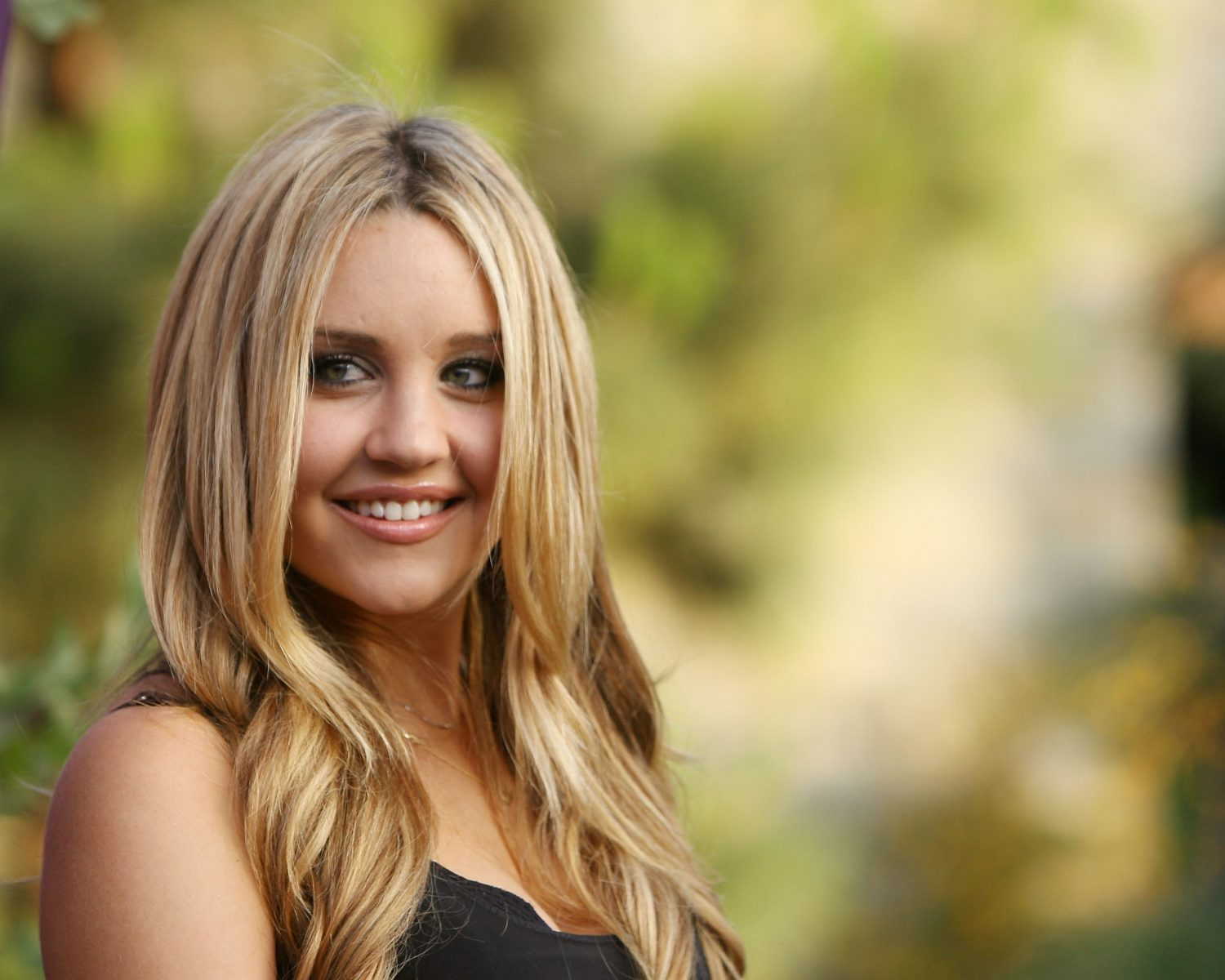 Amanda Bynes shared a photo with her 'Lover'