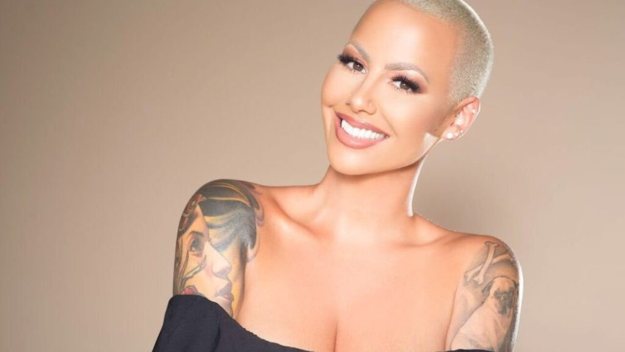Amber Rose Face Tattoo: Amber Rose Gets Forehead Tattoo And Fans Freak Out That