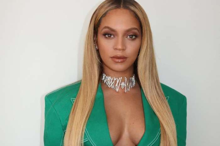 Beyoncé And Jay-Z Refuse To Stand During Super Bowl National Anthem In Viral Video -- Colin Kaepernick And Tomi Lahren React In Interesting Ways