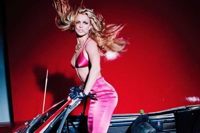 New Fears For Britney Spears After The Singer Is Spotted Wearing A Medical Boot