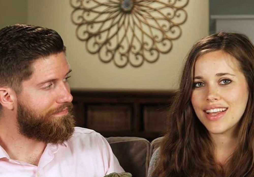 Counting On - Jessa Duggar & Ben Seewald Enjoy A Kid-Free Date Night As She Posts New Pics Of Him Without His Beard