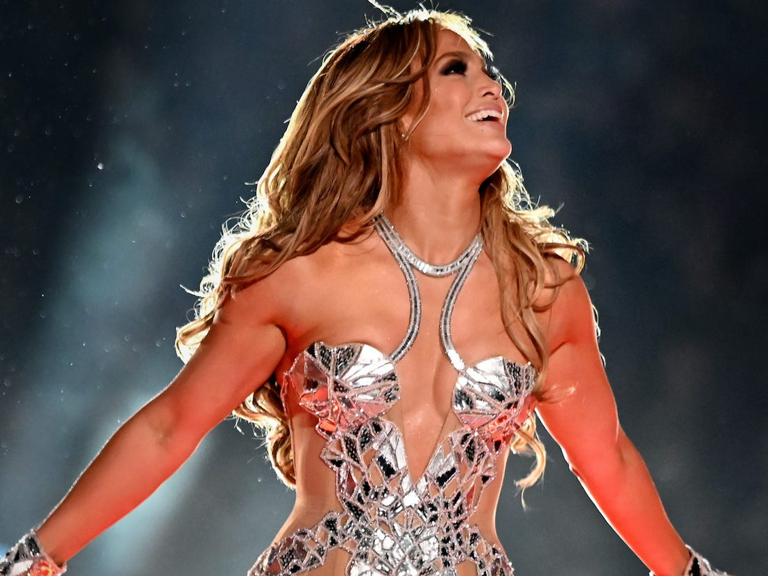 """""""jennifer-lopez-defends-her-and-shakiras-super-bowl-performance-it-was-meant-to-be-empowering"""""""