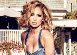 Jennifer Lopez Puts Her Curves On Full Display In New Bathing Suit Selfie