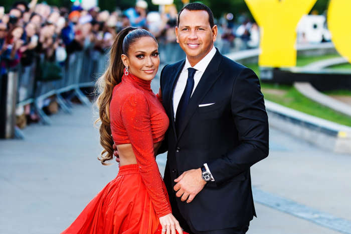 Jennifer Lopez And Alex Rodriguez Will Marry In The Summertime Sources Claim