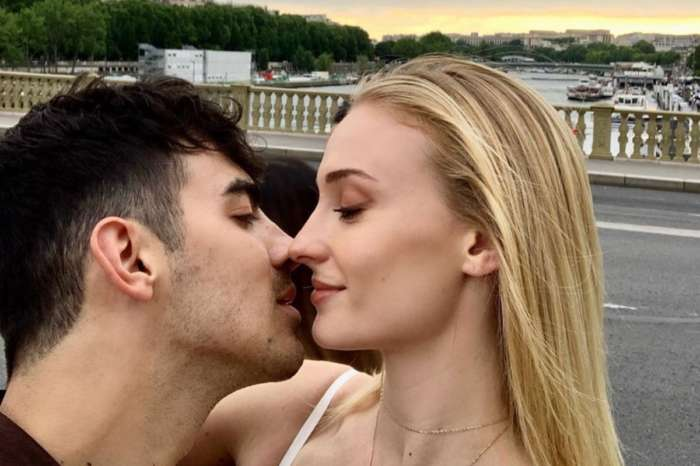 Sophie Turner Keeps Wearing Baggy Clothes And People Swear They See A Baby Bump! See The Photos!