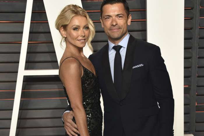 Kelly Ripa And Mark Consuelos' Daughter Lola Repulsed By Their Flirting - Check Out Her Reaction To Their Spicy Online Interaction!