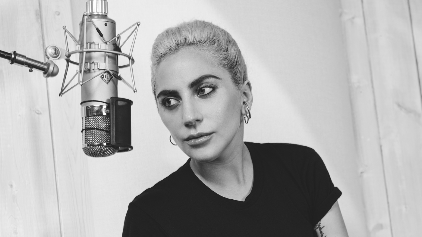 Lady Gaga Puts A Ring On Her Own Finger On Valentine's Day