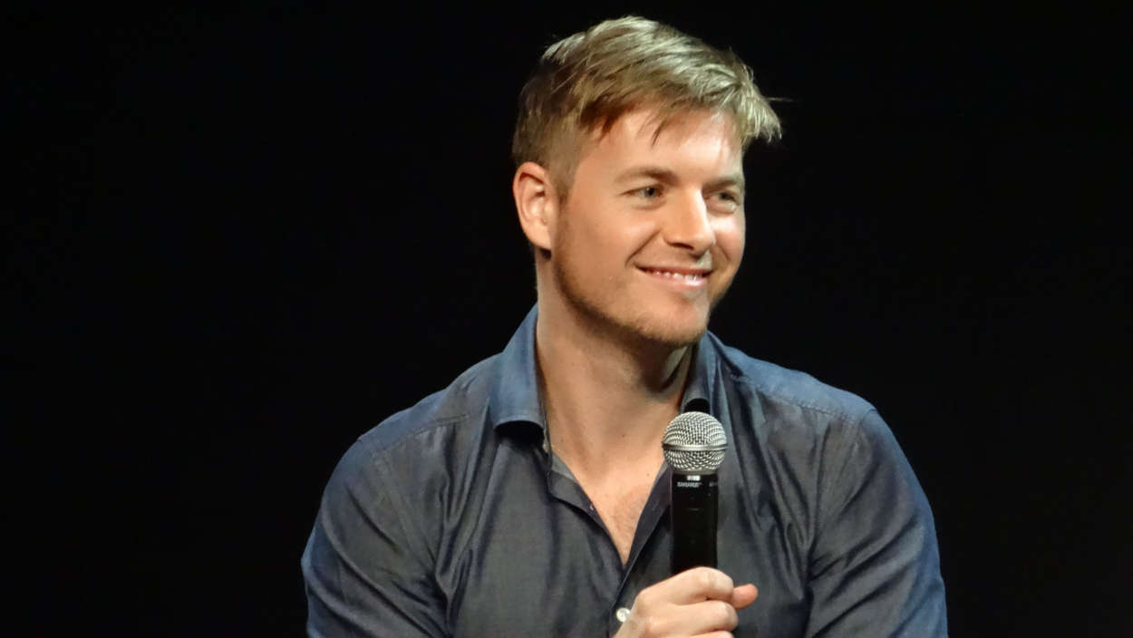 """the-flash-actor-rick-cosnett-reveals-his-true-sexual-orientation"""