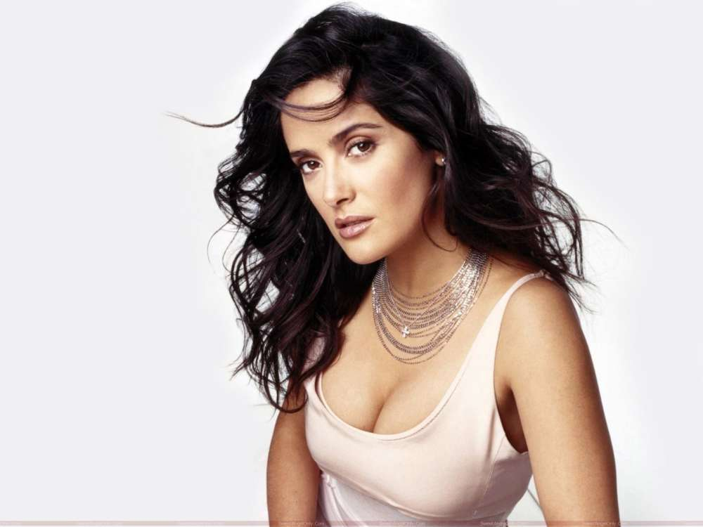 """salma-hayek-reveals-her-embarrassing-meeting-with-eminem-at-the-oscars"""