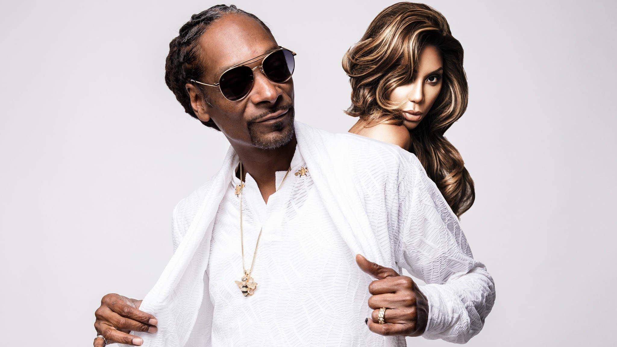 """tamar-braxton-has-the-best-time-with-her-brother-snoop-dogg-see-their-pics-together"""