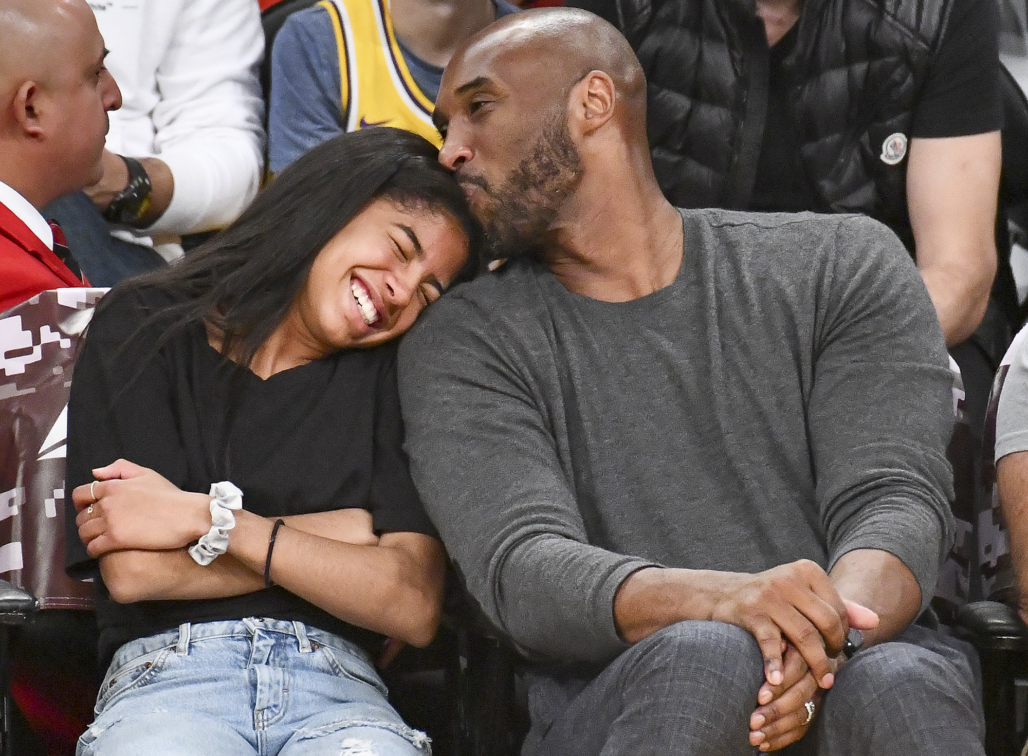 """vanessa-bryant-says-it-feels-wrong-to-accept-her-husband-kobe-and-daughter-gianna-are-gone-in-another-heartbreaking-statement"""