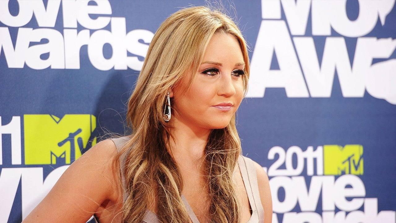 Amanda Bynes is 1-year sober and sorry for calling people 'ugly'