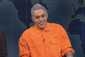 Pete Davidson Says He's Leaving SNL Soon - It's A 'Cutthroat Show!'