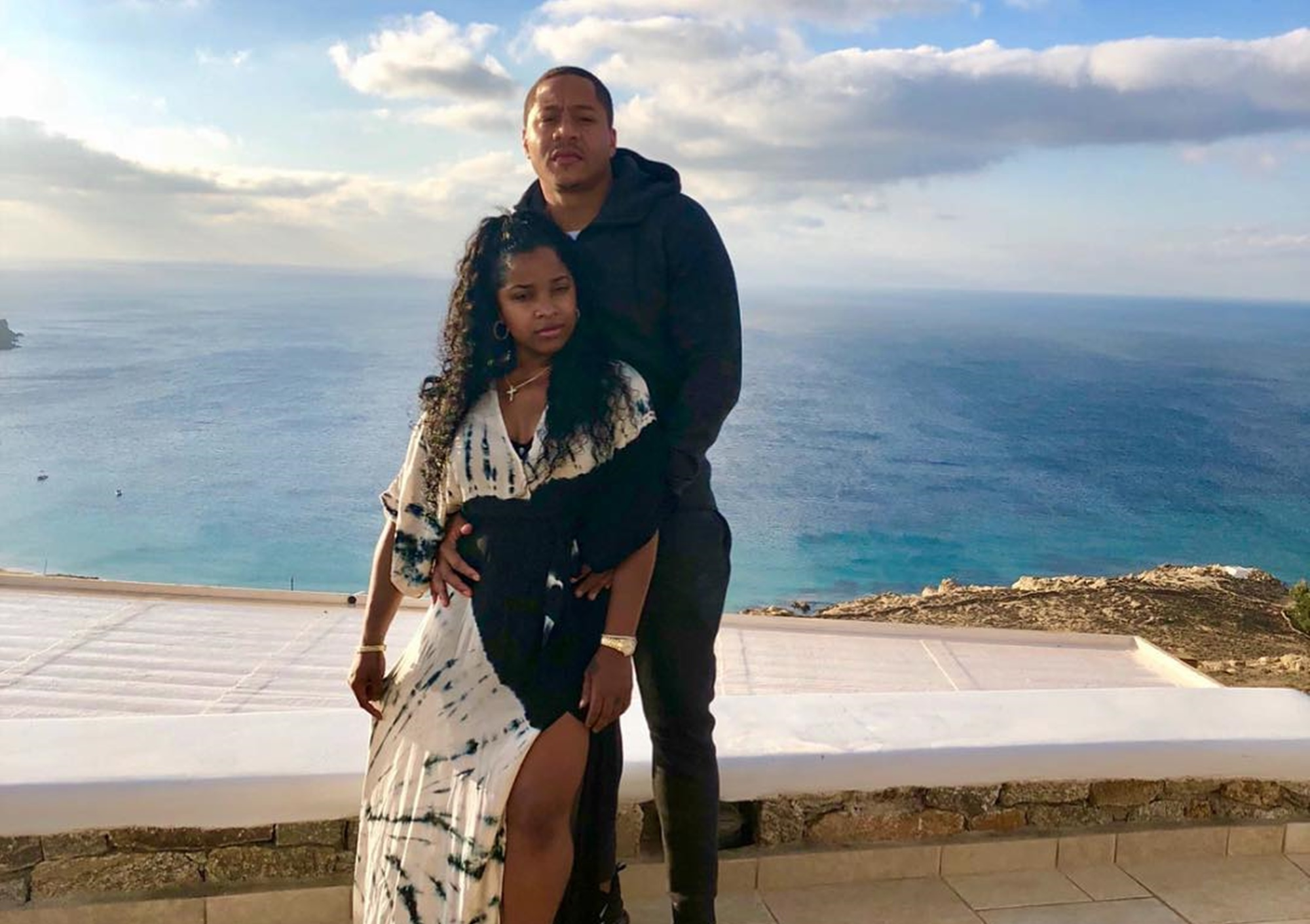 Toya Johnson Poses With Her Handsome Fiance, Robert Rushing And Their Daughter At The Latest Successful 'Weight No More' Event