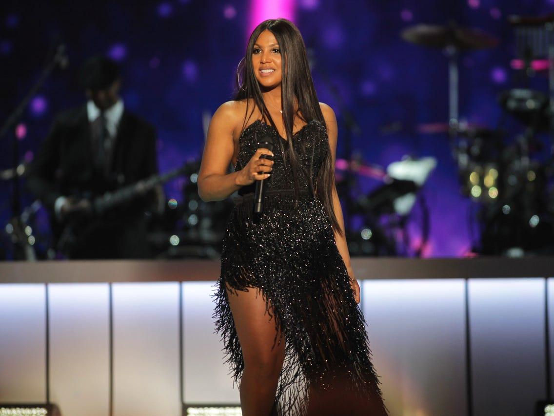 Toni Braxton Is Honored To Receive A Prestigious Award
