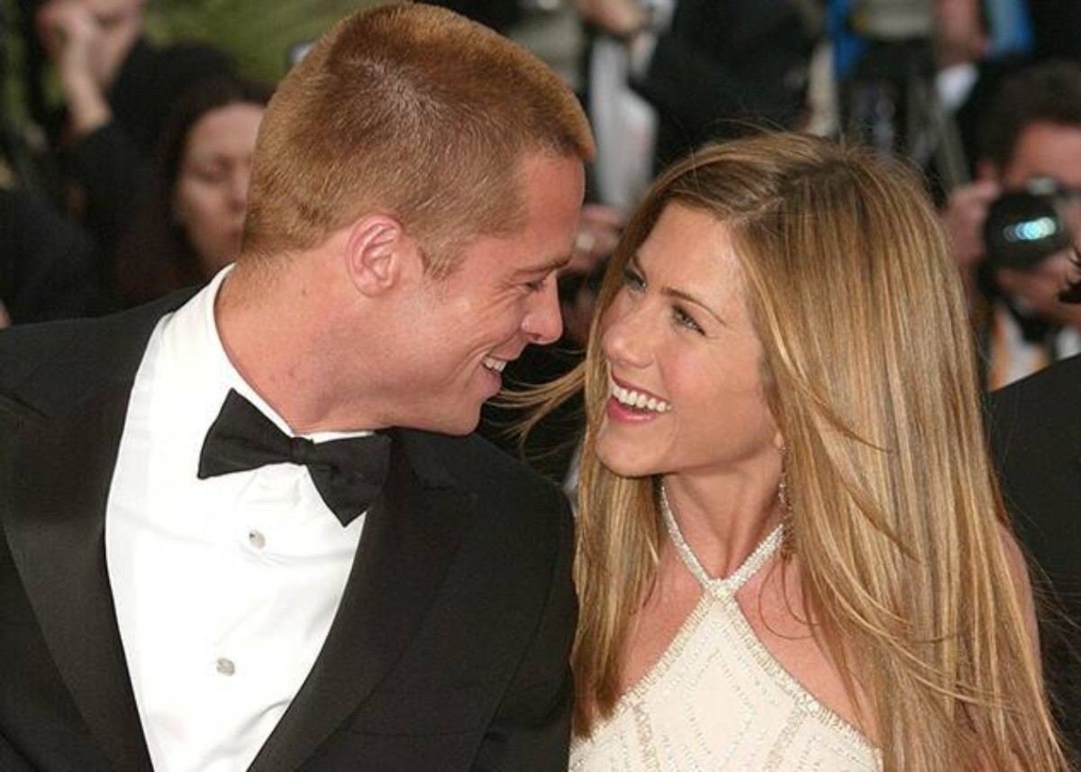 """""""are-brad-pitt-and-jennifer-aniston-planning-a-joint-tell-all-interview-where-they-dish-on-their-relationship"""""""