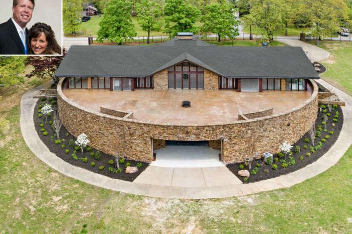 Counting On - Jim Bob & Michelle Duggar Finally Flip Arkansas Home For $1 Million Profit