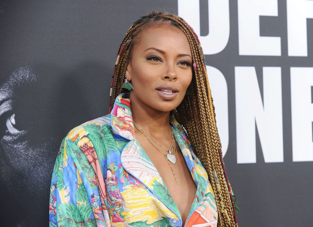 Eva Marcille Has Some Fans Believing She's Pregnant Again After This Post