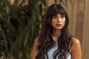 Jameela Jamil Apologizes For Coming Out As 'Queer' During Coronavirus Pandemic