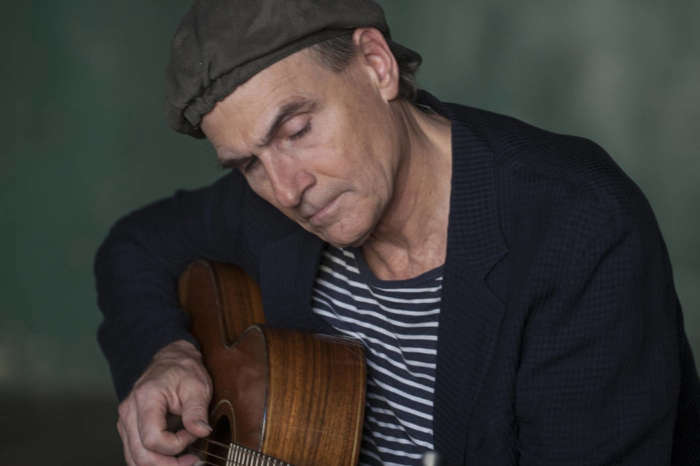 Singer James Taylor And His Wife Donate $1 Million For Coronavirus Relief Fund