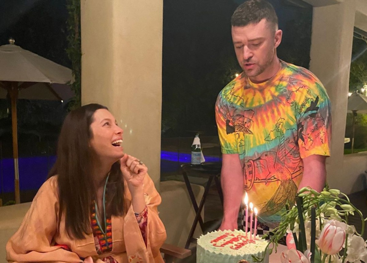 Justin Timberlake Throws Jessica Biel a Pajama Birthday Party