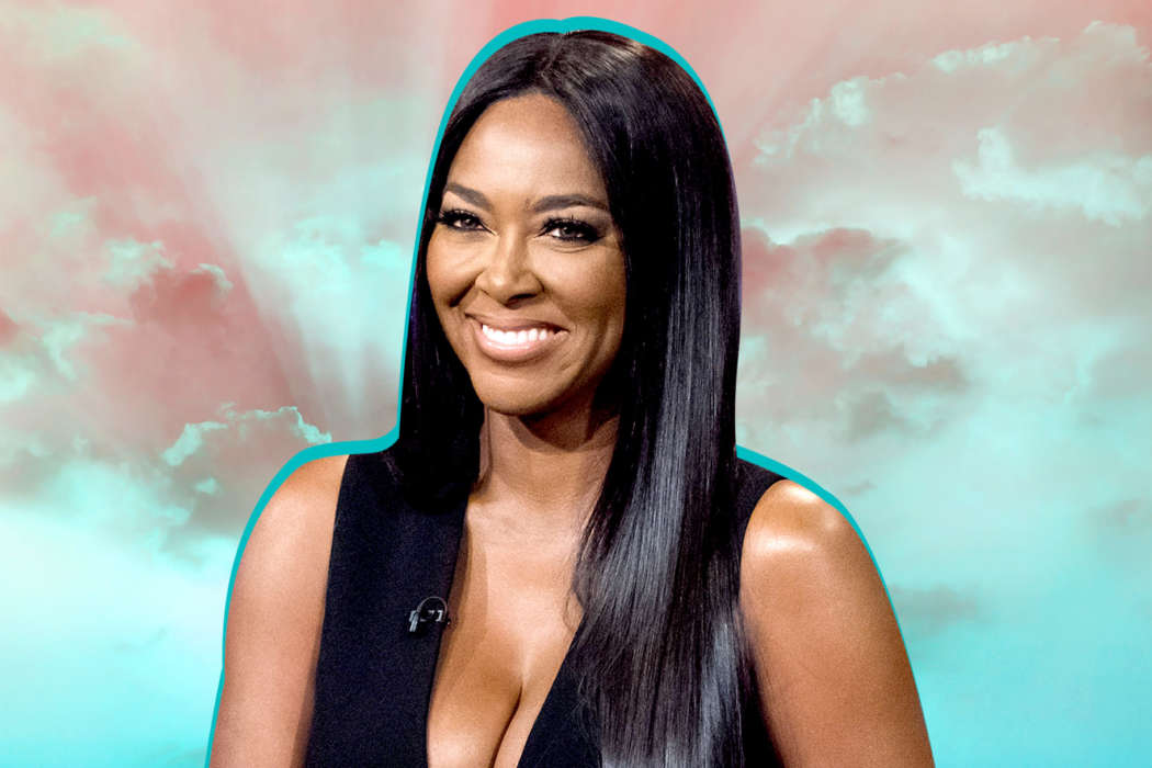 """""""kenya-moore-will-no-longer-allow-ex-husband-marc-daly-in-her-home"""""""
