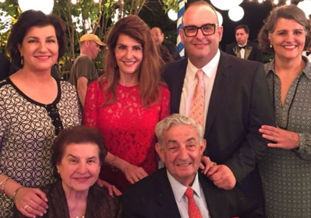 My Big Fat Greek Wedding's Nia Vardalos Misses Father's Funeral Due To COVID-19, Asks Fans To Donate To #BigFatDonation