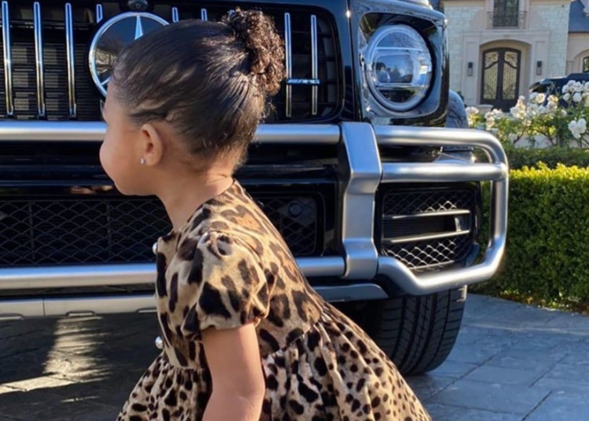 """stormi-webster-is-creating-fashion-trends-in-dolce-gabbana"""