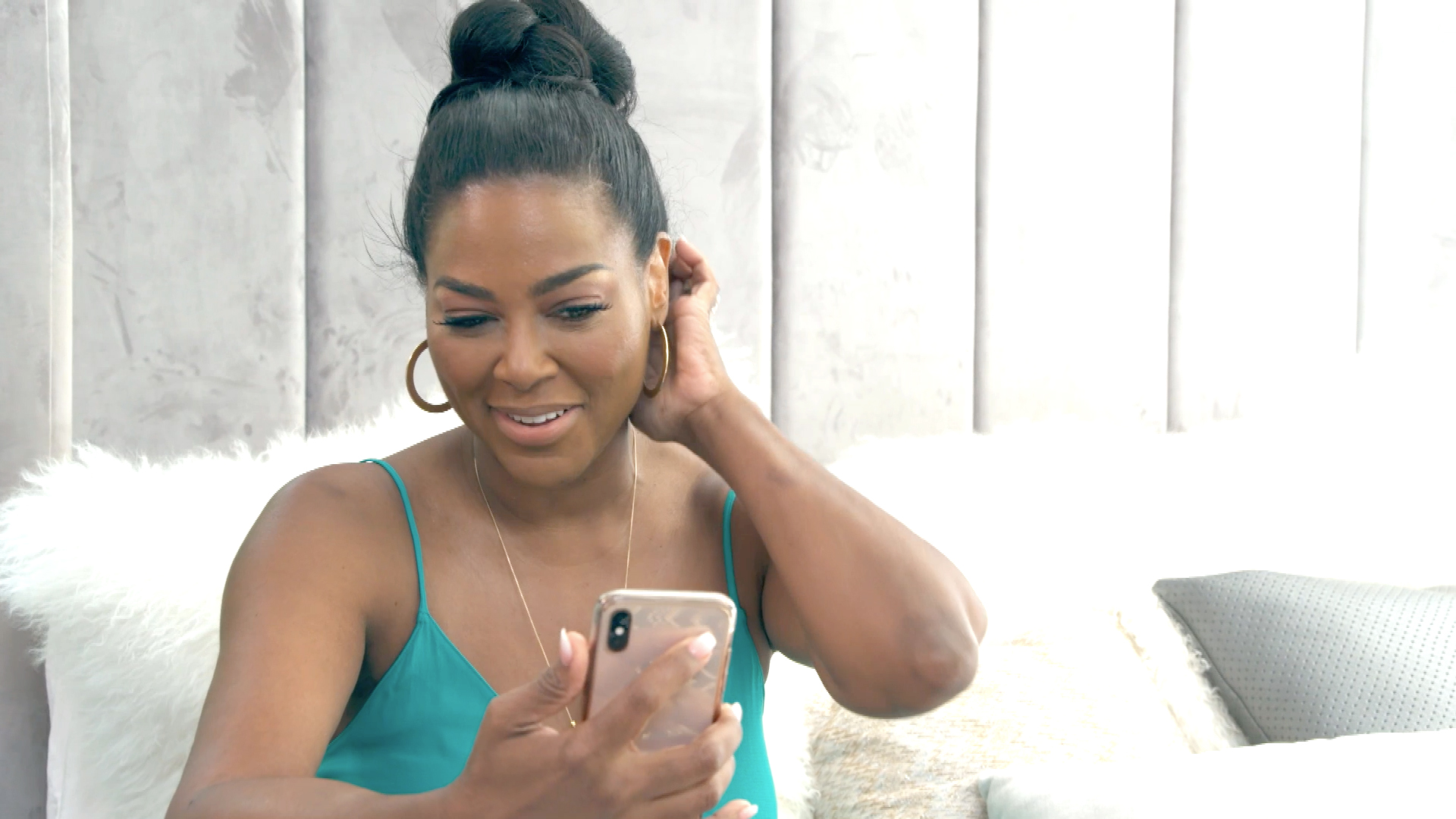 Kenya Moore Makes Fans Laugh Their Hearts Out With These Throwback Videos
