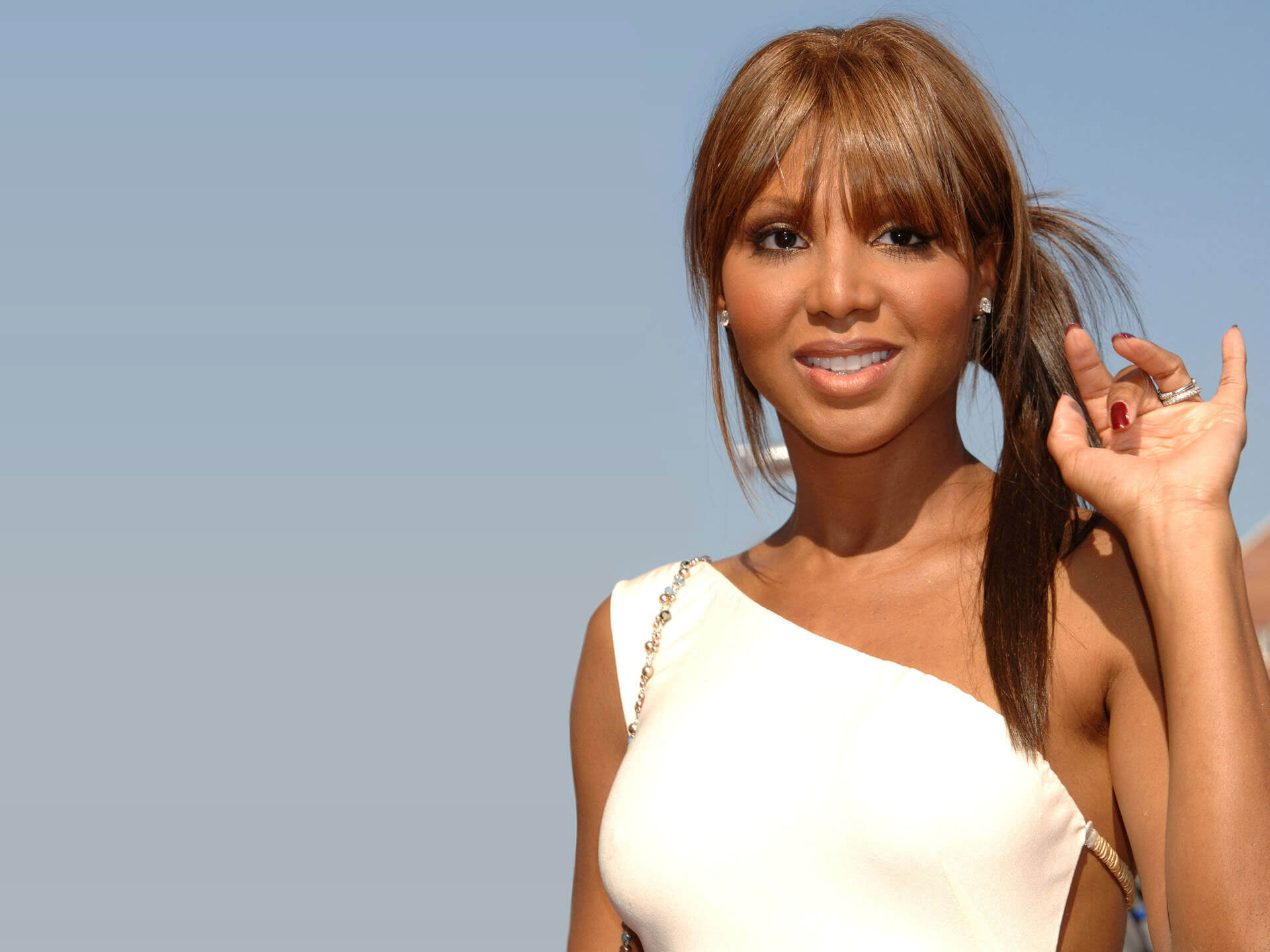 Toni Braxton Celebrates A Musical Achievement And Offers Her Gratitude