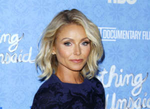Kelly Ripa Cries Because She Can't Hug Her Kids During Quarantine