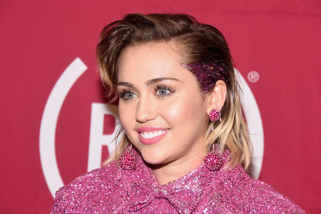 Miley Cyrus shaves boyfriend Cody Simpson's head on Instagram