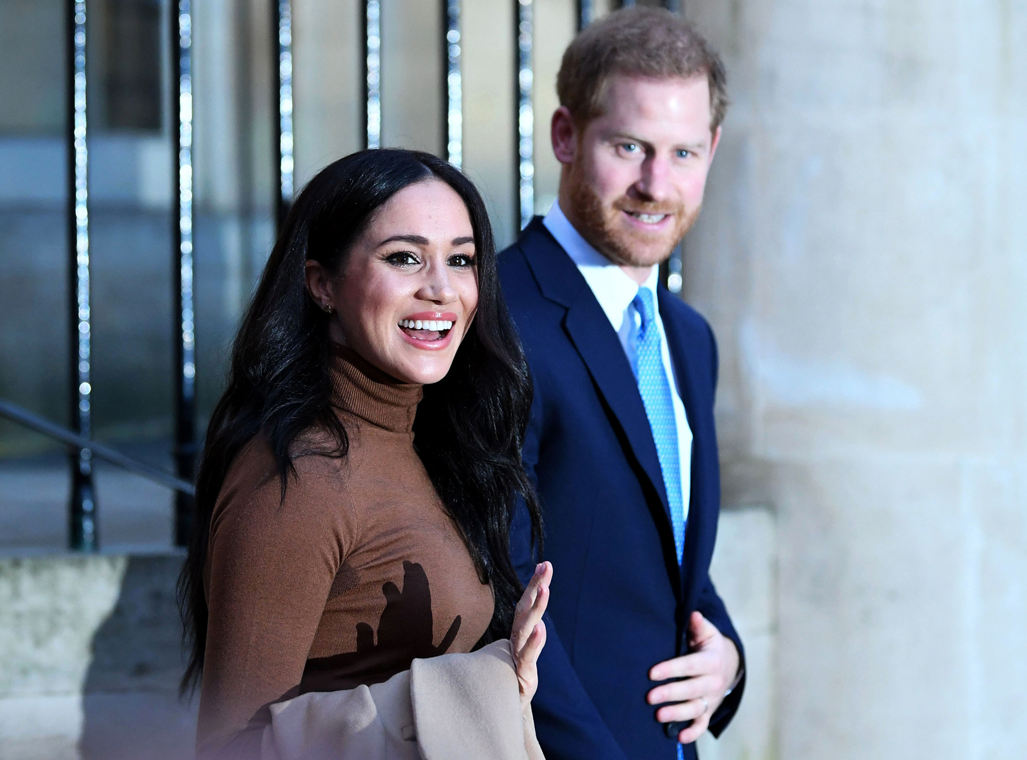 Prince Harry drops his royal surname in United States paperwork