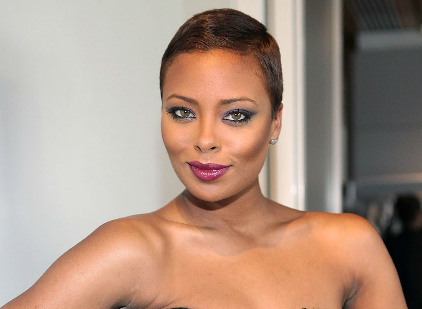 Eva Marcille's Latest Post Has Kandi Burruss Cracking Up - Fans Can Also Relate