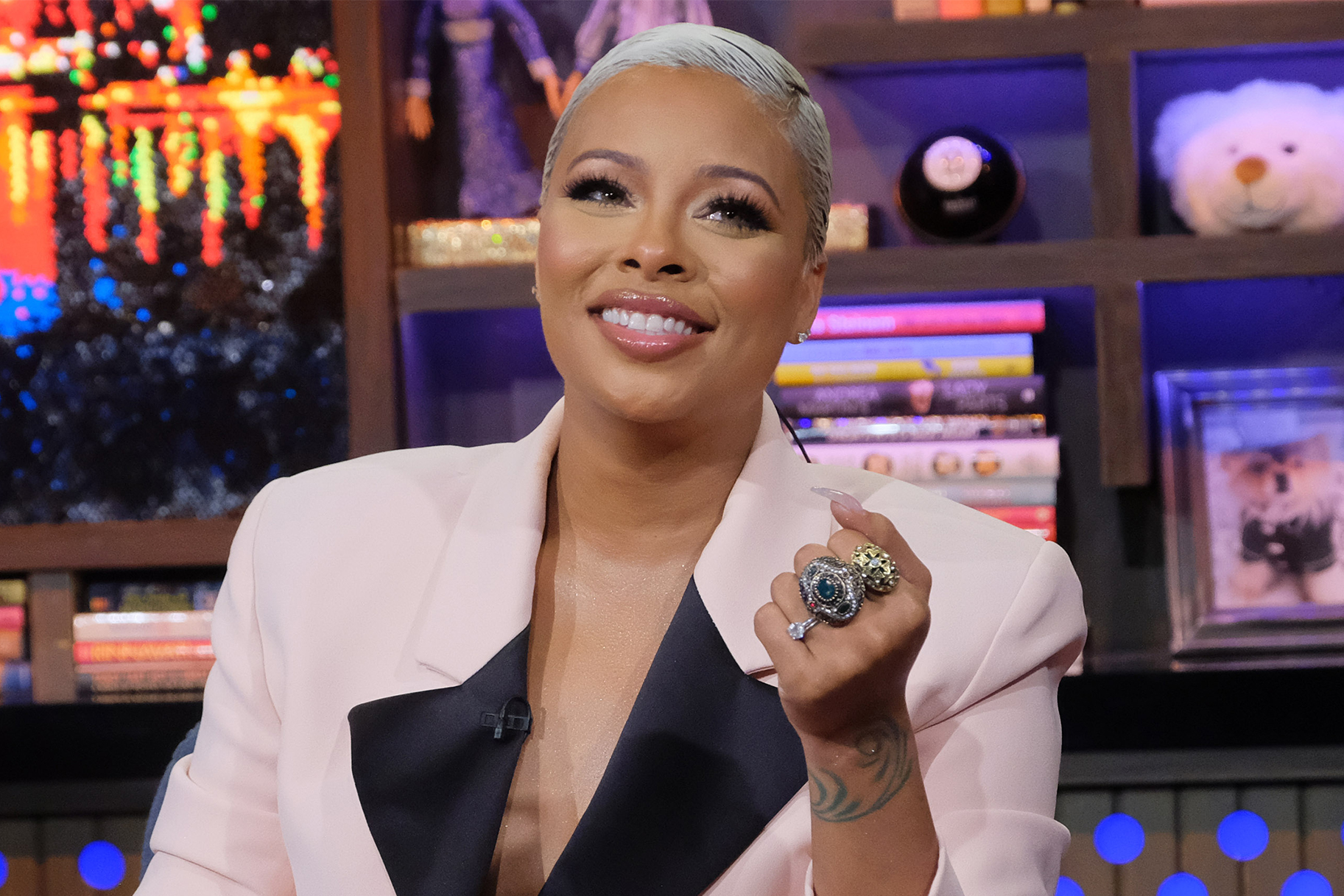 Eva Marcille Comes Up With A New No Makeup Challenge - Check Out Her Video