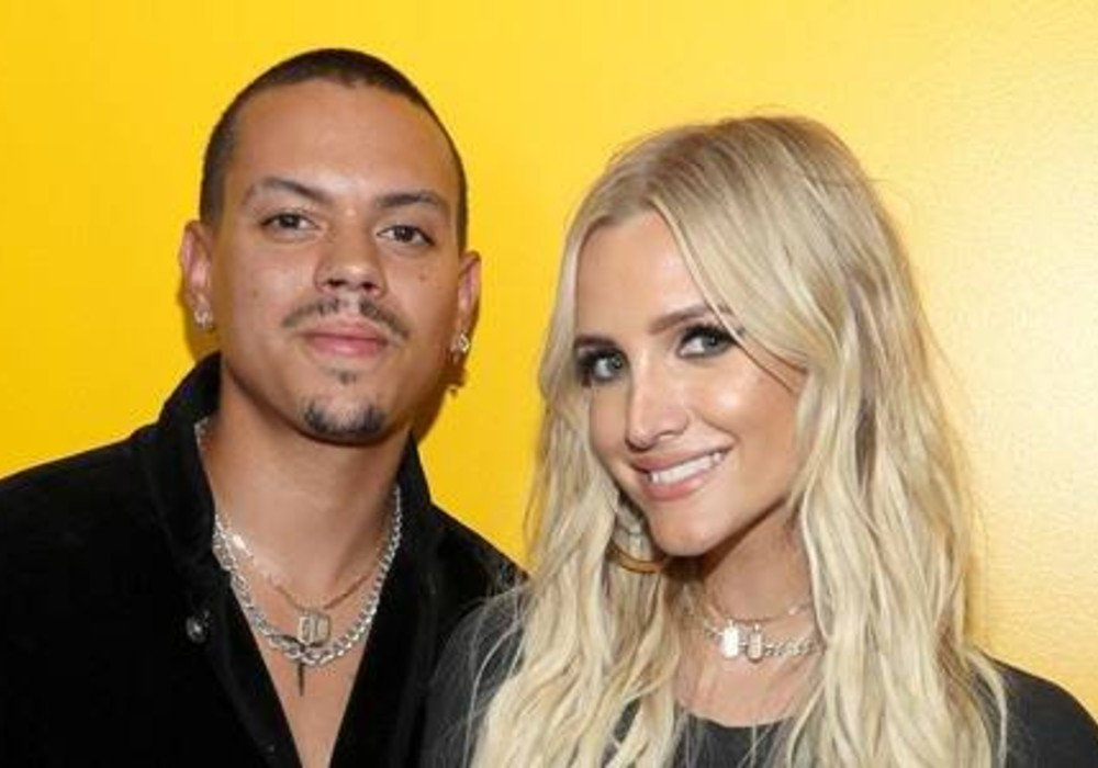 Ashlee Simpson Shows Off Her Baby Bump One Week After Announcing She And Evan Ross Are Expecting Third Child