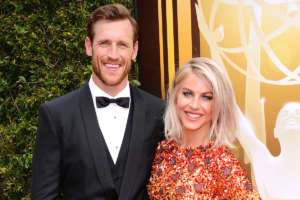 Julianne Hough And Brooks Laich Are Officially Broken Up