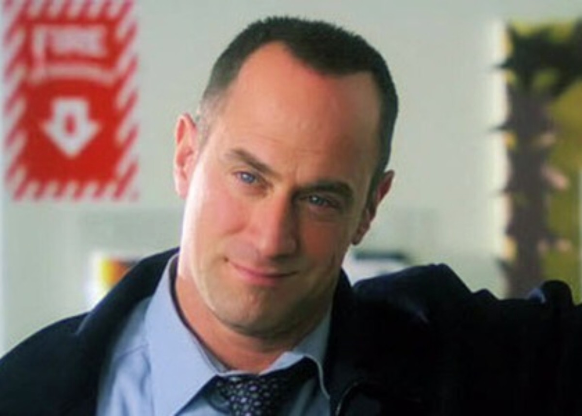 """christopher-meloni-will-reprise-his-role-as-elliot-stabler-on-law-and-order-svu-premiere-before-his-spin-off-debuts"""