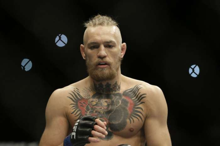 Conor McGregor Shows Interest In Fighting Oscar De La Hoya