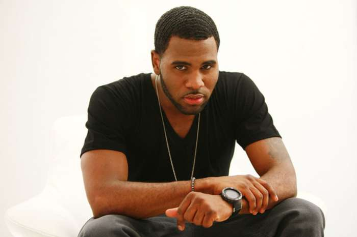 Singer Jason Derulo Labeled As A Cornball By One Fan
