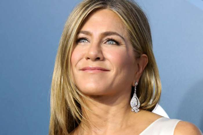 Jennifer Aniston Posts Hilarious Video Of Her Watching Her Washing Machine Out Of Boredom During Quarantine