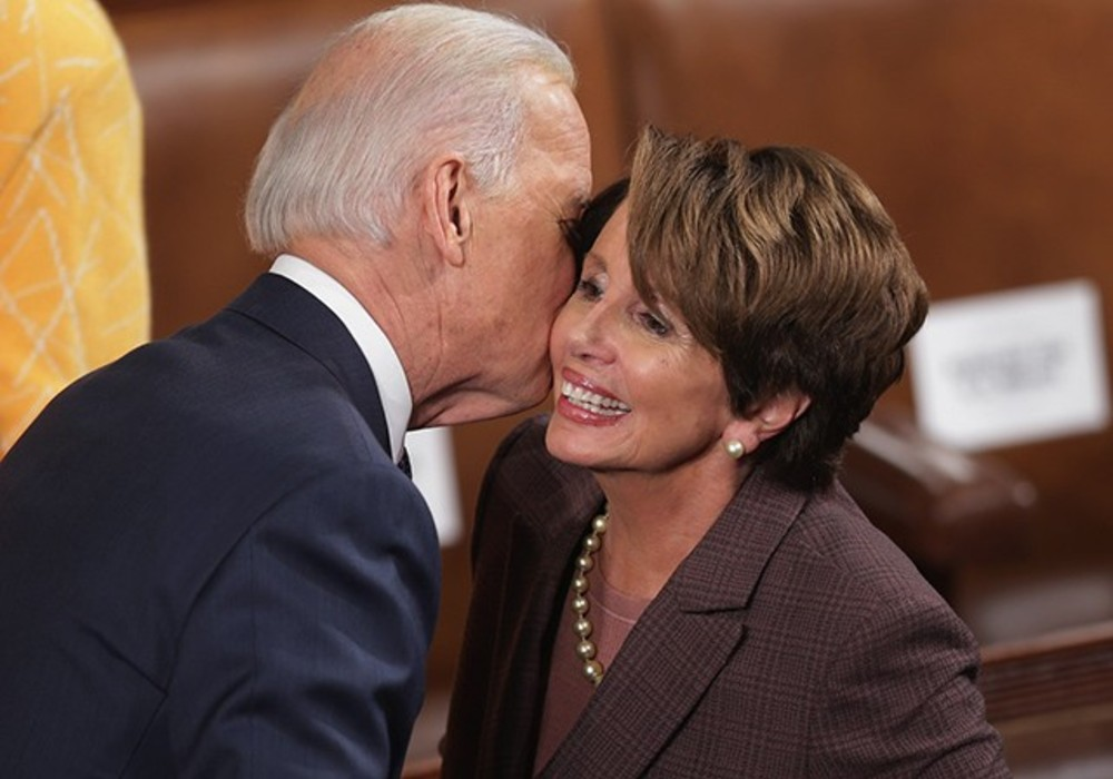 Who is Tara Reade and what are her allegations against Joe Biden?