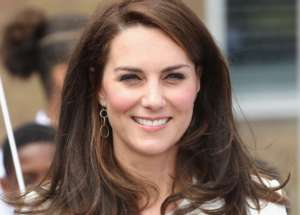 Sources Reveal How Kate Middleton Takes Care Of Her Kids' Hair During Quarantine