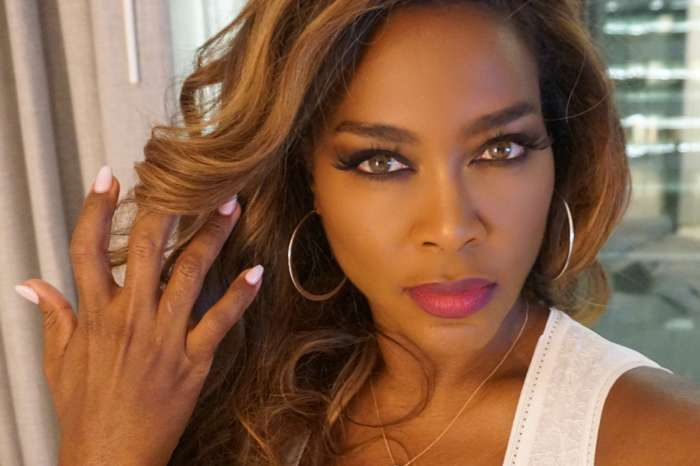 Kenya Moore Posts Super Hot Throwback Pic From 17 Years Ago And She Has Not Changed At All!