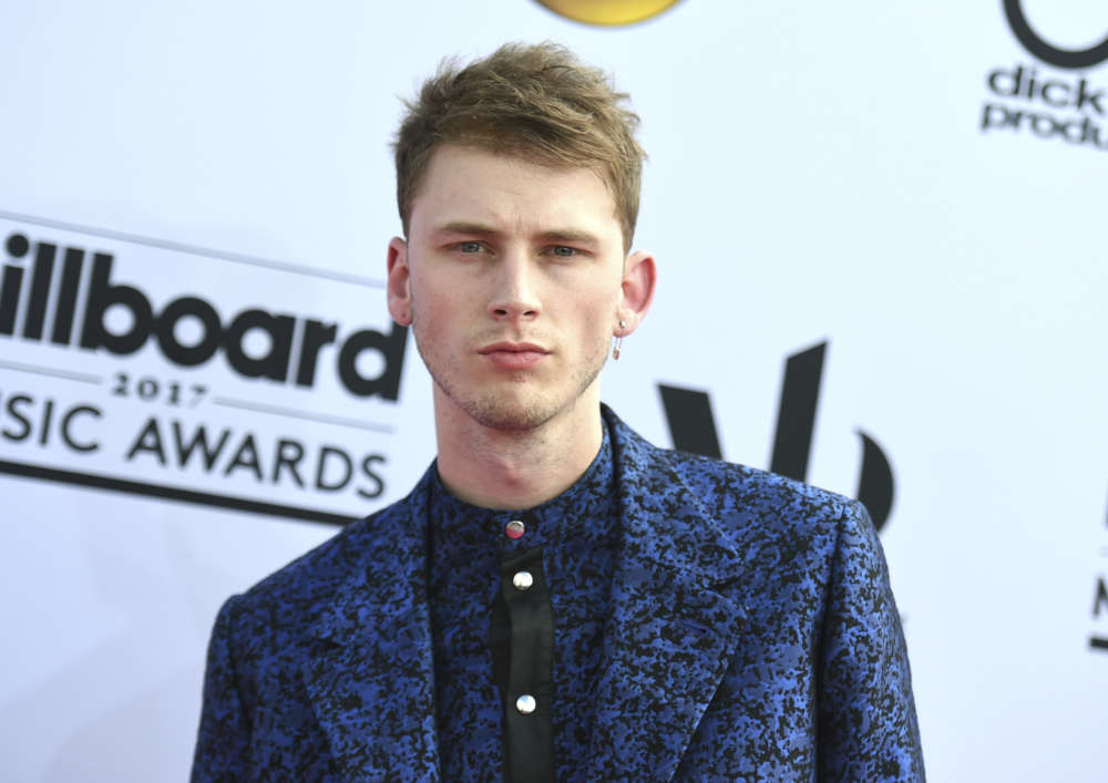 Machine Gun Kelly to Buy Lunch for Locals at Select Cleveland Restaurants