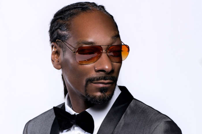Snoop Dogg Shares Hidden Photo Of He And Tupac Arriving At 1996 AMA's