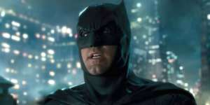 The Batman Starring Robert Pattinson Allowed To Start Filming But Production Won't Resume Yet