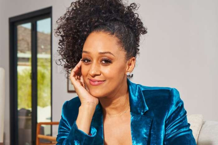 Tia Mowry Posts A Very Real Photo With Her Two Children, Cree And Cairo -- Parents Applaud Her For Sharing The Imperfect Moments