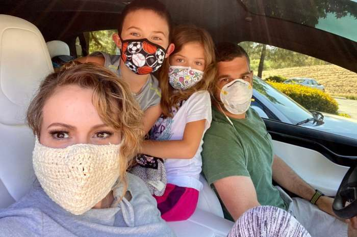 Alyssa Milano Wore A Crochet Coronavirus Mask And People Are Roasting Her For It